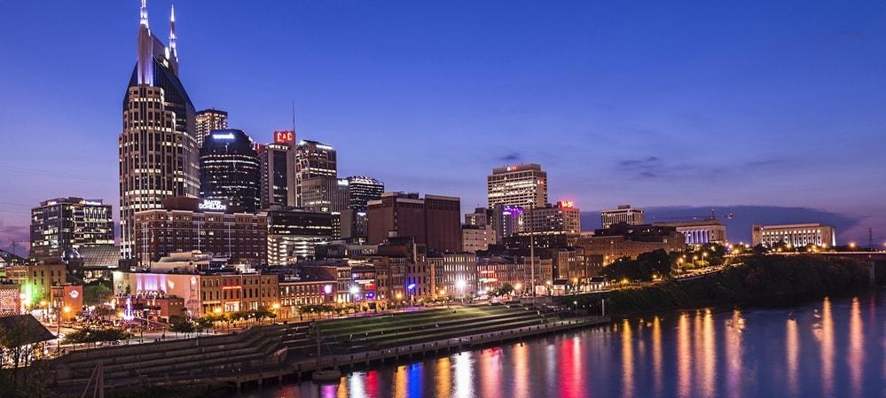 Busca vuelos desde Nashville (BNA)