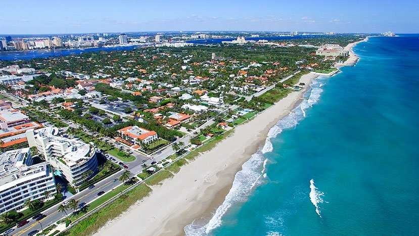 Aerial view of homes along the coast in West Palm Beach