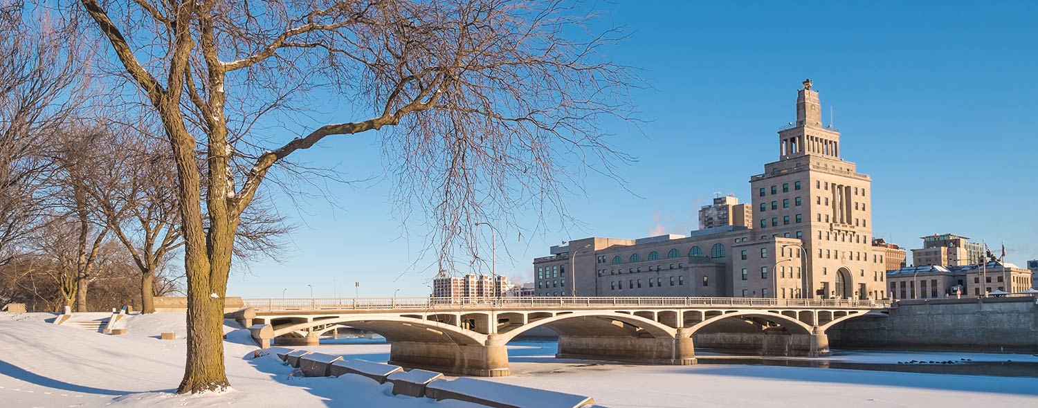 Bridge leading to the Cedar Rapids City Hall in winter