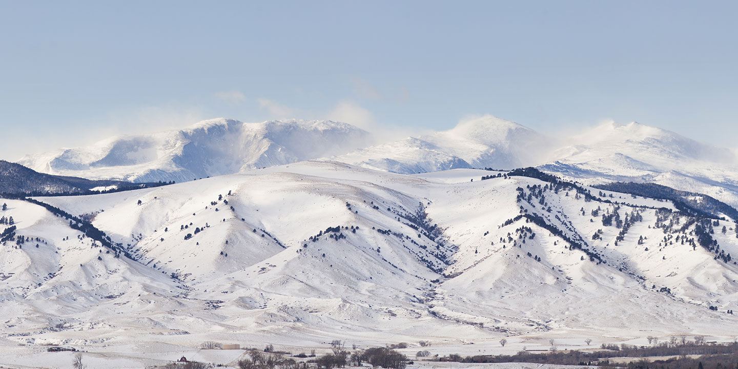 Series of snowy mountains in Gillette