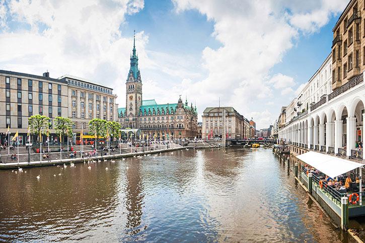 Shallow canal cutting through Hamburg