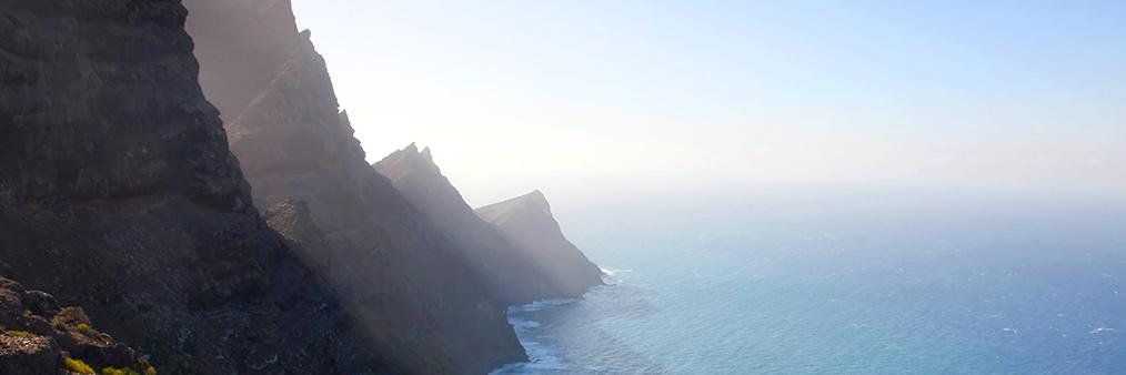 Search Casablanca to Gran Canaria (CMN - LPA) Flight Deals