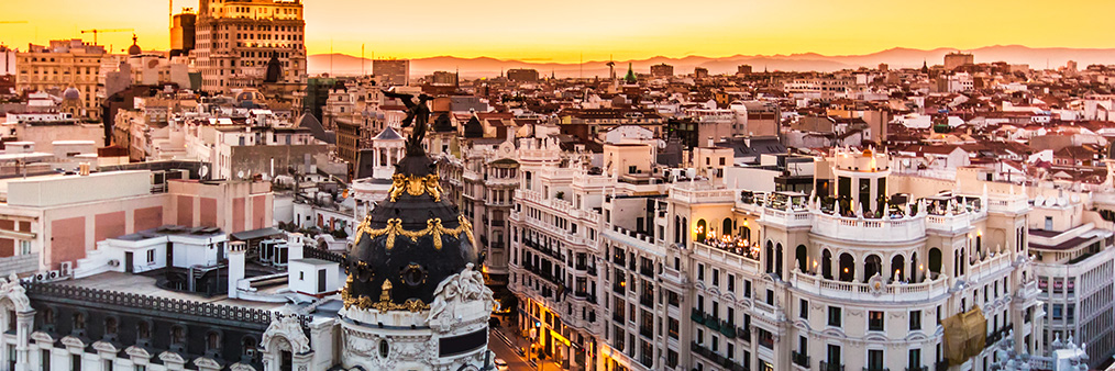 Search Amsterdam to Madrid (AMS - MAD) Flight Deals